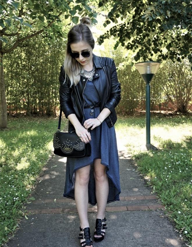 LOOK n°91 : Robe asymétrique & collier plastron