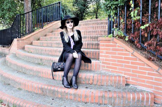 LOOK n°117 : Collants à motifs & joli chapeau