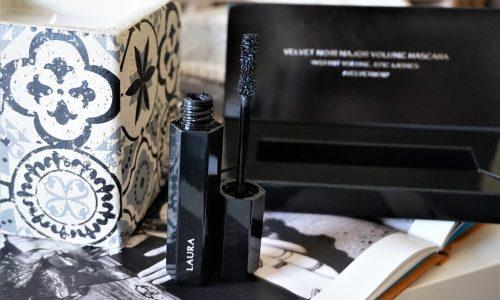 Mascara Velvet Noir Marc Jacobs Beauty : Vraiment spectaculaire